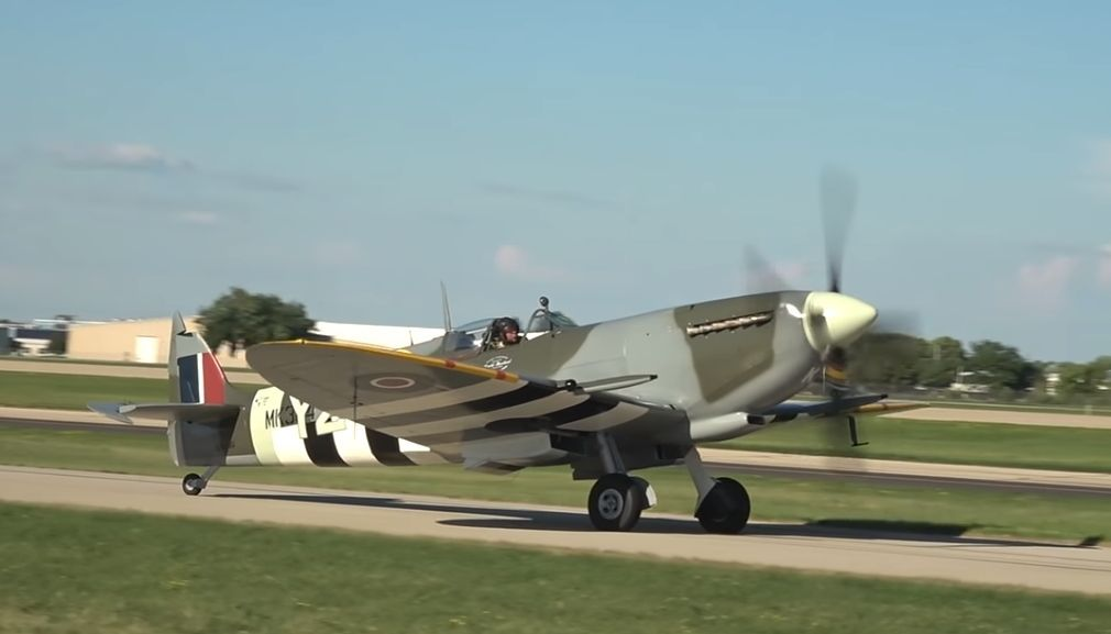 The Roseland Spitfire at Oshkosh